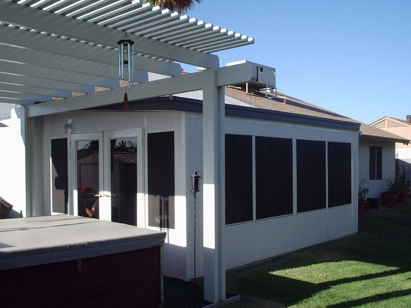 Modular Sun Room Addition In Glendale. Aluminum Lattes Roof Cover Attached  To It